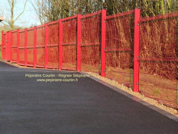 clôture grillagée rigide