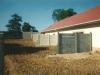 Installation de la clôture béton
