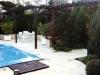 terrasse avec carrelages avec une pergola