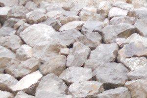enrochement grosses pierres grès